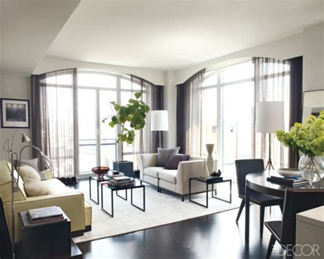 elle decor celebrity homes inside hilary swank s new york apartment