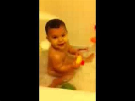 baby farts in bathtub baby farting in bath tub youtube