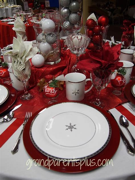 black and red christmas tablescapes december 2014 grandparentsplus