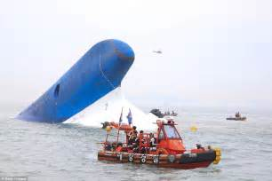 ferry boat tragedy sewol ferry disaster in south korea revealed in photos of