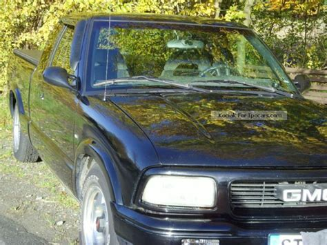 auto body repair training 1996 gmc sonoma club coupe user handbook service manual 1996 gmc sonoma club coupe free repair manual air bags service manual