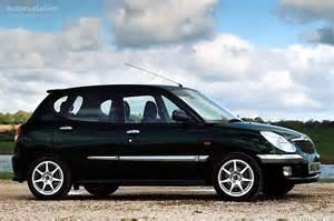 2004 Daihatsu Sirion Daihatsu Sirion 2001 2002 2003 2004 Autoevolution