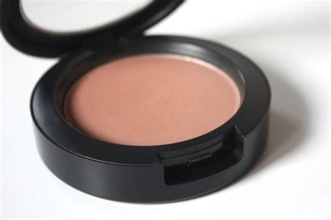 Powder Blush Mac Seri C thenotice a bare cheek contouring standby mac harmony powder blush matte review photos