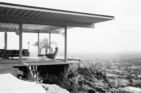 stahl house touching the mid century dream in pierre koening s stahl house