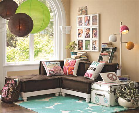 Hangout Room by Suscapea Hangout Spot Ideas