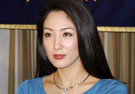 imagenes de miss japon una miss denuncia el infierno de las modelos japonesas chic