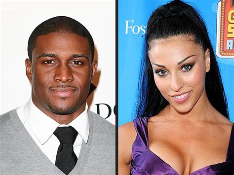 Bush Is Engaged by Is Reggie Bush Engaged Missxpose