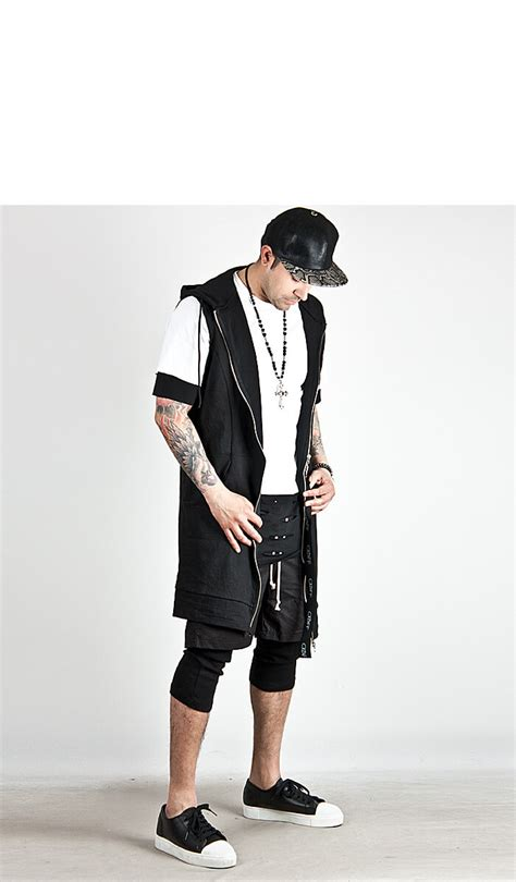 Vest Zipper Big outerwear sold out big zipper accent black