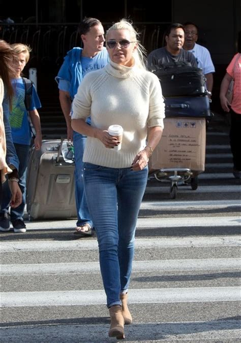where to buy yolanda foster clothes yolanda foster skinny jeans yolanda foster looks