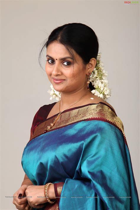 actress kalyani kalyani image 123 tollywood actress wallpapers stills