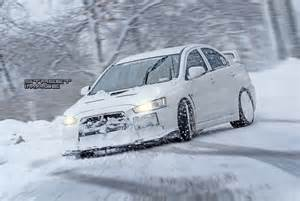 Mitsubishi Evo Snow Mitsubishi Evo X Slideways In The Snow Transportation