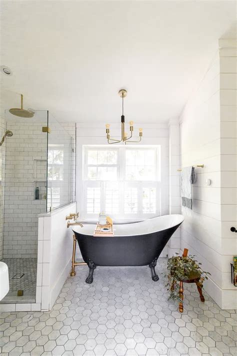 Modern Black And White Bathroom by Modern Black And White Bathroom With Brass Accents