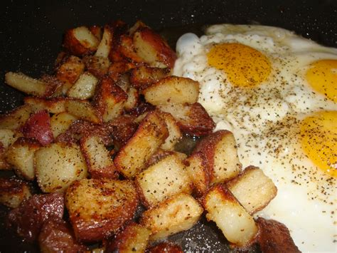 chunky garlic home fries happy domesticity