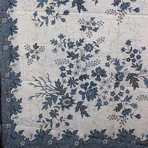 Batik Trusmi Hem Bunga jual beli aneka kain batik trusmi cirebon motif bunga biru baru bahan kain grosir
