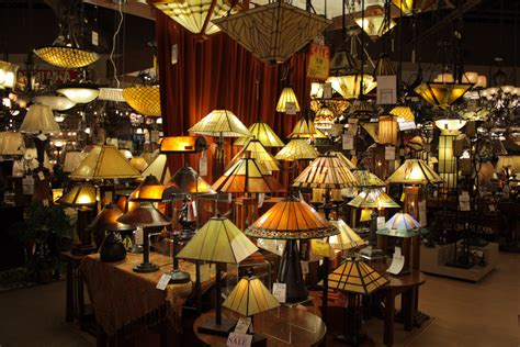Lighting Shops File Wide Array Of Ls Jpg Wikimedia Commons