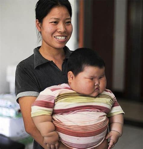 Nella 7 Dan Nella 27 a soli 18 mesi pesa 18 kili da pechino la bimba piu