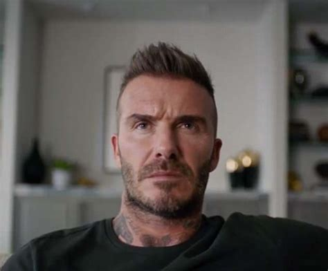 deadpool david beckham deadpool apologises to david beckham for insult