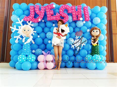 Frozen theme balloon backdrop jocelynballoons the leading balloon decoration company in