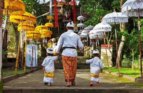 Catur Yuga Empat Masa Dunia Buku Bali Hindu dinius learning center