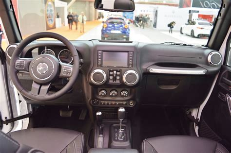 rubicon jeep 2016 interior jeep wrangler rubicon interior dashboard at 2016 bologna