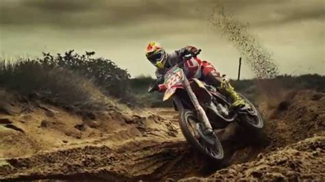 Cross Motorrad Youtube by Training For The Chionship With Motocross Athlete Tony
