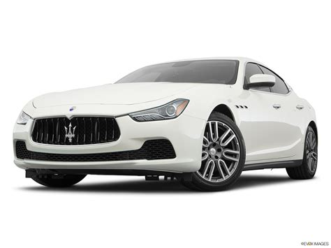 car features list for maserati ghibli 2017 s 410 hp uae