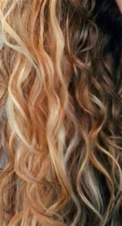 how to make your lowlights fade hair color on pinterest copper highlights strawberry
