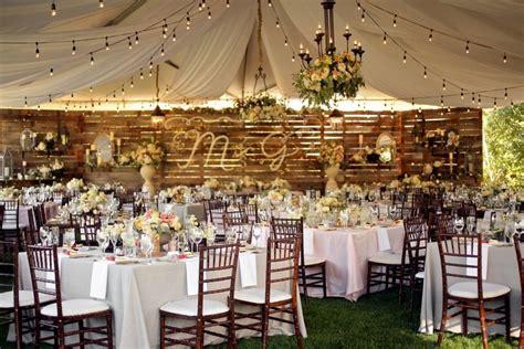10 Beautiful Backyard Weddings That Will Make You Consider