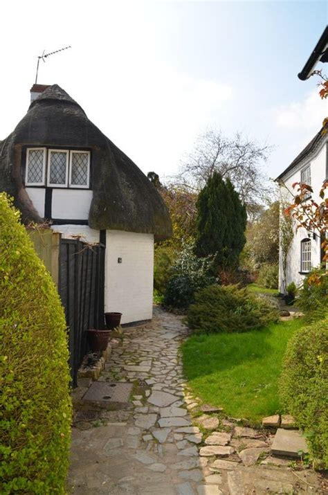 17th Century Cottage by 17th Century Thatched Cottage 1 Mile From Stratford