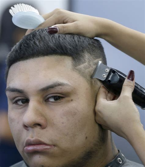 haircut designs in houston astros fans get funky haircuts tattoos for world series