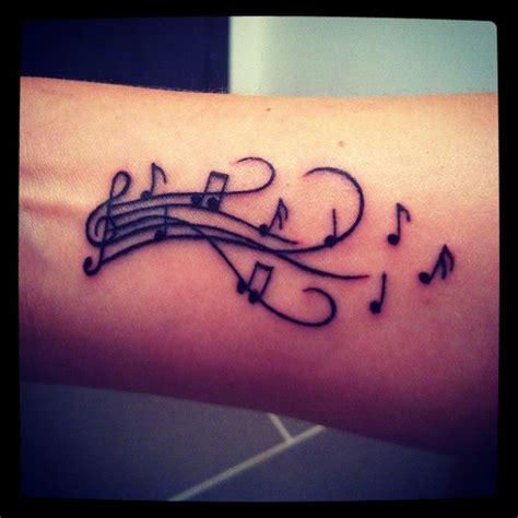 imagenes de tatuajes de letras musicales tatuajes musicales 187 ideas y fotograf 237 as