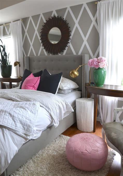 pink and gray bedroom ideas gray walls with a splash of pink in the master bedroom