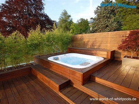garten whirlpool 220 ber 1 000 ideen zu whirlpool terrasse auf