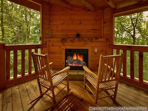 4 bedroom cabins in gatlinburg gatlinburg cabin mountain blessing 4 bedroom sleeps