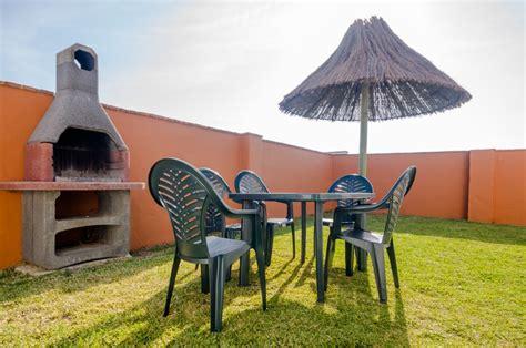 hacienda puerto de conil apartamentos  jardin piscina  aparcamiento privado