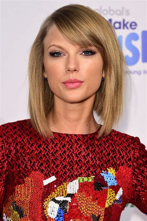 taylor swift lob haircut how taylor swift s greatest hair beauty moments taylor