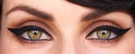 imagenes maquillaje ojos de gata como hacer un delineado ojos de gato en 3 sencillos pasos