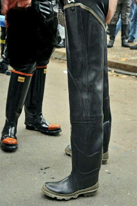 rubber boot polish 682 best guys in rubber boots images on pinterest rain