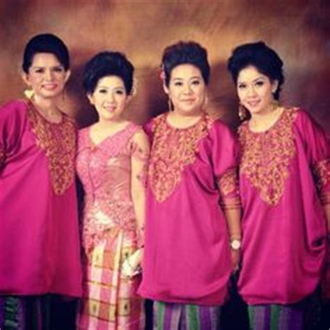 Baju Bodo Daerah Sulawesi baju bodo modern tradisional adat bugis south sulawesi elaamelia baju bodo