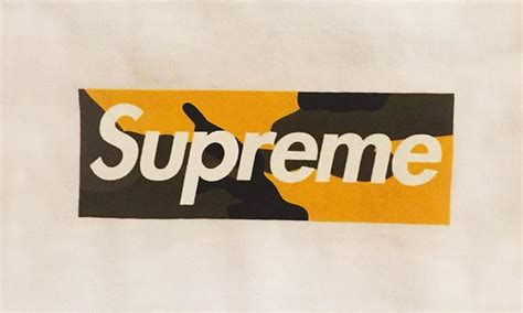 supreme box logo here s your look at supreme s box logo