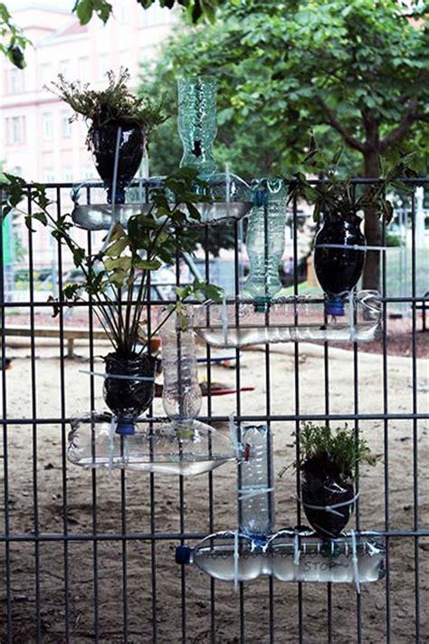 pflanzen für den vorgarten zaun begr 252 nen idee