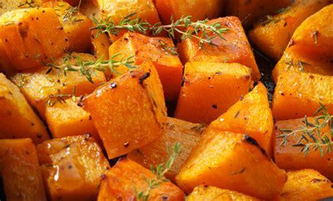 come cucinare la zucca al forno zucca al forno la ricetta veloce e gustosa leitv