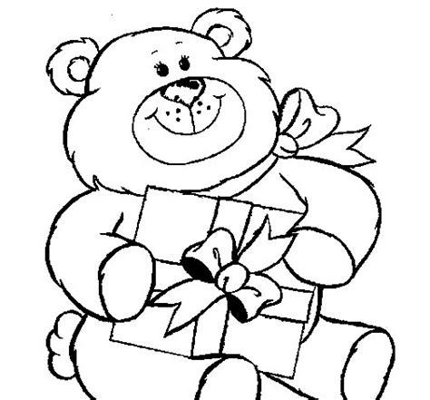 osito de peluche con regalo dibujos de navidad dibujo de oso con regalo para colorear dibujos net