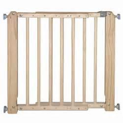 barrieres securite barri 232 re de s 233 curit 233 enfant bois l 69 105 cm h 73 cm