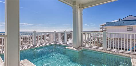 the benefits of lower floor condo rentals gulf shores