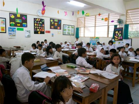 indonesia design school indonesian students will soon use tablets instead of books