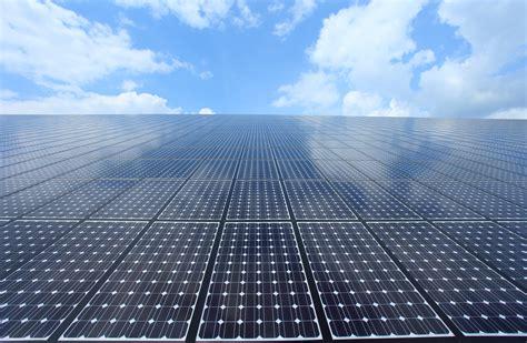 Energie Solaire Photovoltaique by Nouvelle 233 Nergie Les Panneaux Solaires Et Pluvieux