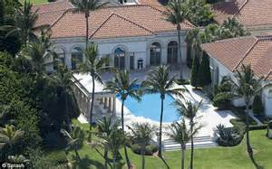 howard house palm howard buys luxurious florida mansion in palm