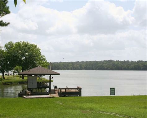 29 carolina way reduced to 325 000 lake livingston