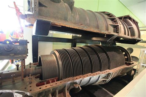 boat propeller generator turbine steamers